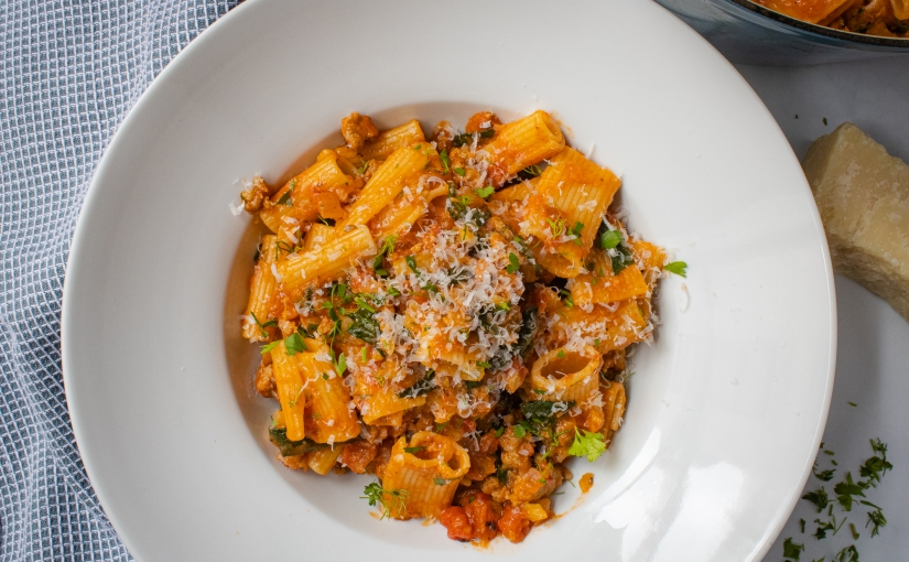 Creamy tomato pasta with fennel andsausage